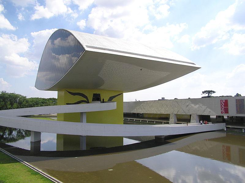 Museo Oscar Niemeyer  en curitiba