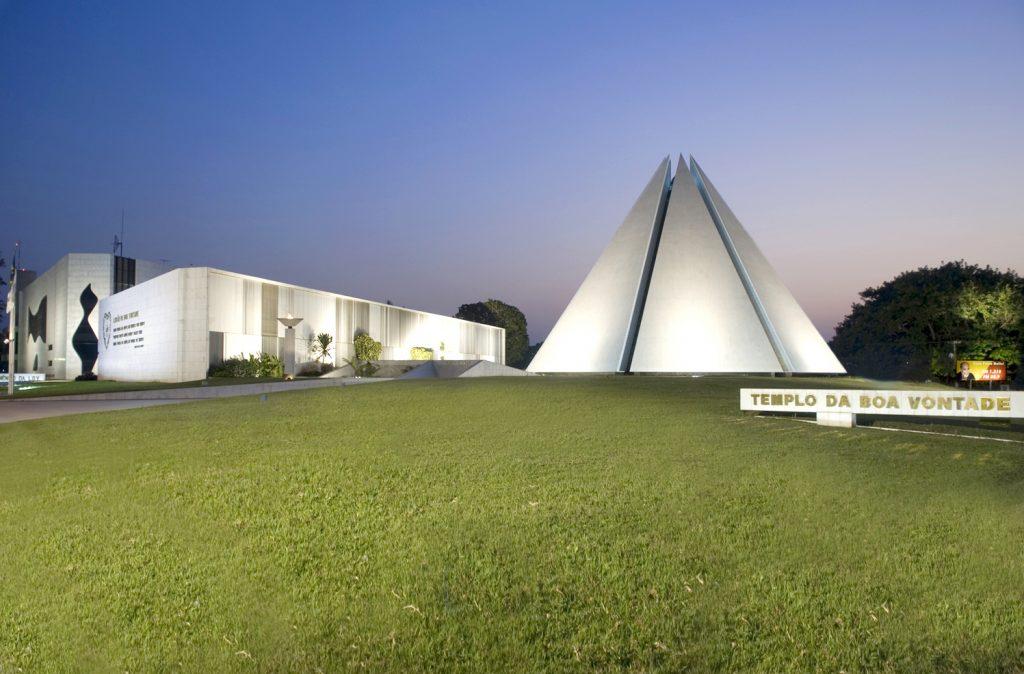 Templo da Boa Vontade principales obras de arquitectura en brasilia